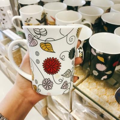 Ly sứ họa tiết hoa màu trắng