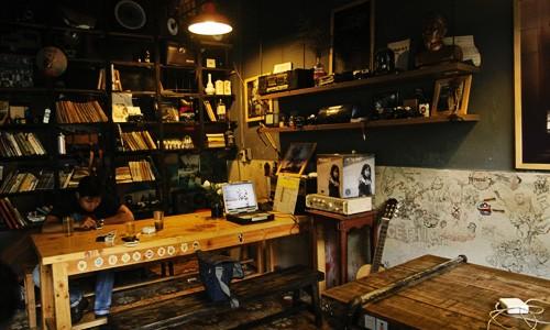 Quán cà phê dành cho người mê nhiếp ảnh ở Sài Gòn