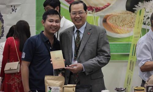 An Nhiên tham dự Hội chợ triển lãm quốc tế về chè và cà phê Châu Á thành công