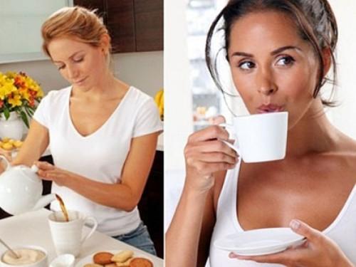 Người mê cà phê có thu nhập cao hơn người thích uống trà