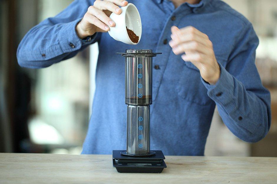 cách pha cà phê bằng Aeropress