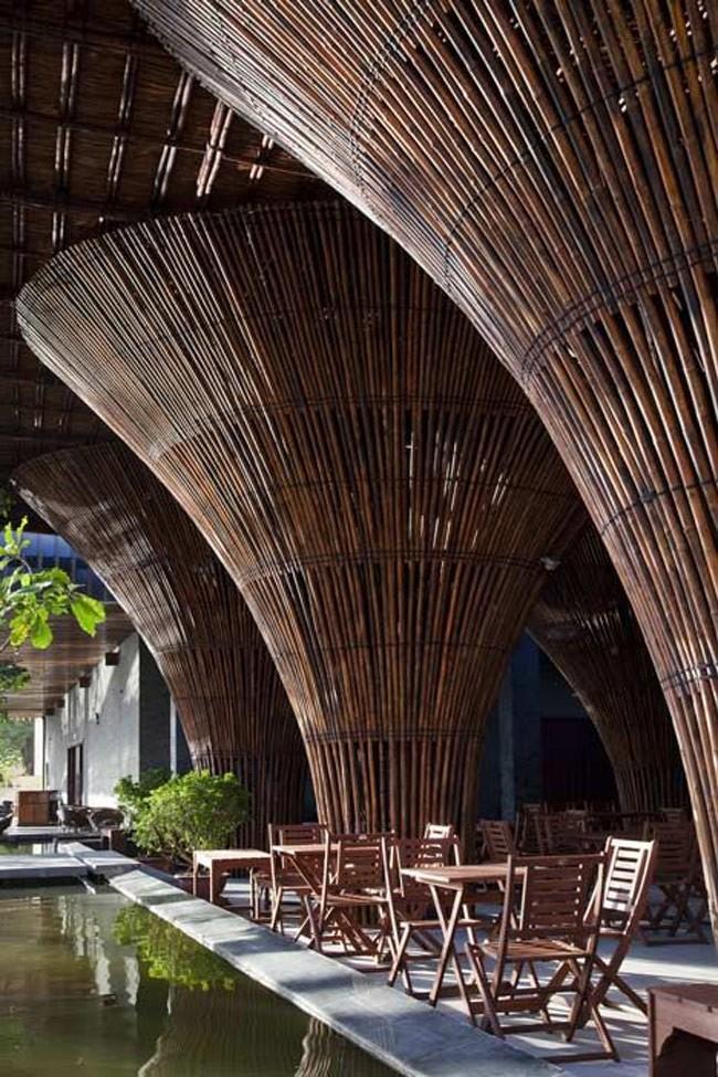 Bên trong quán cà phê VN được đề cử giải tòa nhà của năm